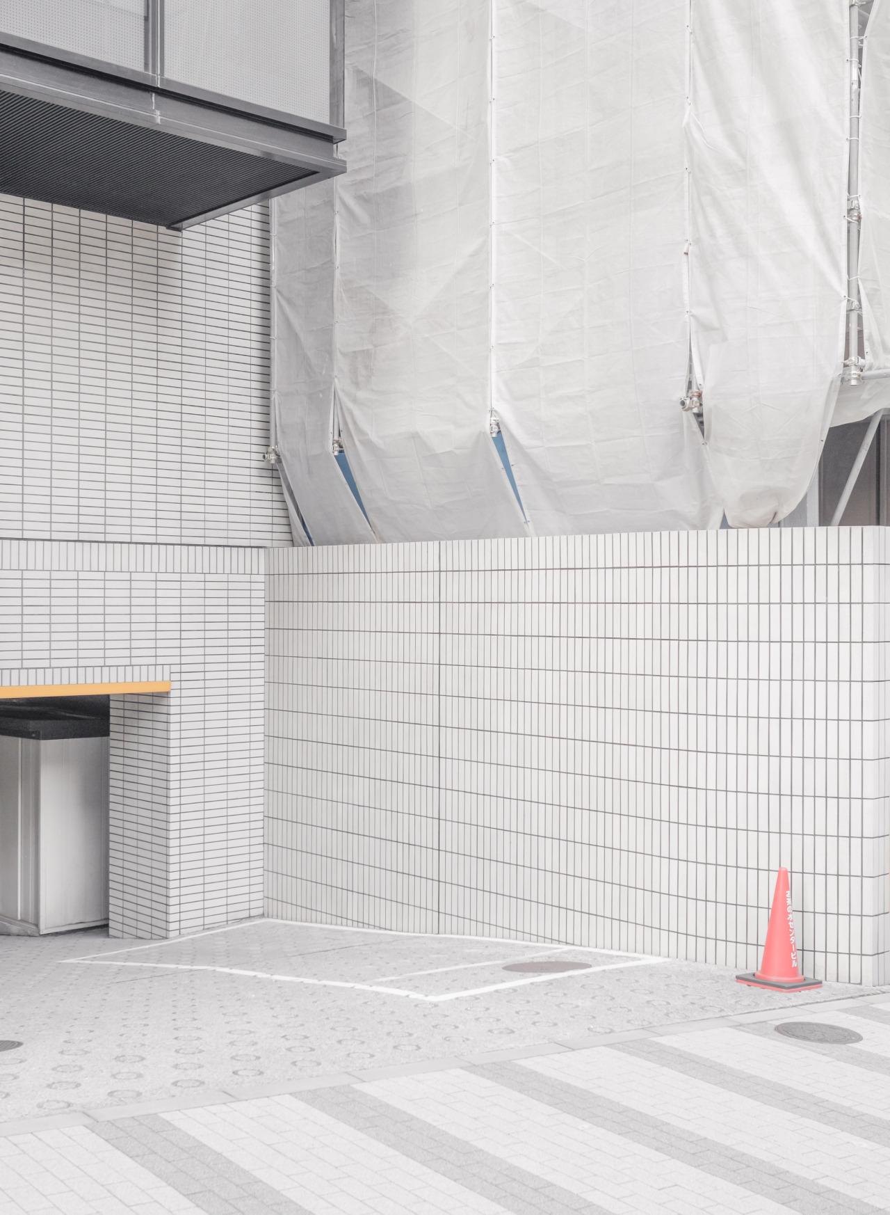 Tokyo's corners - A micro photo study